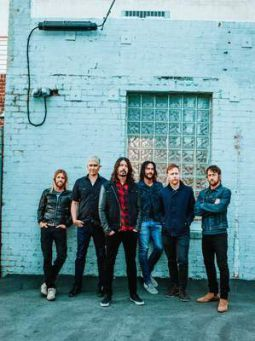 Foo Fighters Band Promo Concrete And Golden
